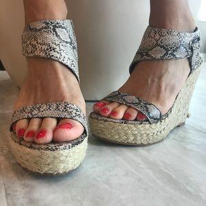 Rebels Kabuki  snakeskin sandals size 6.5